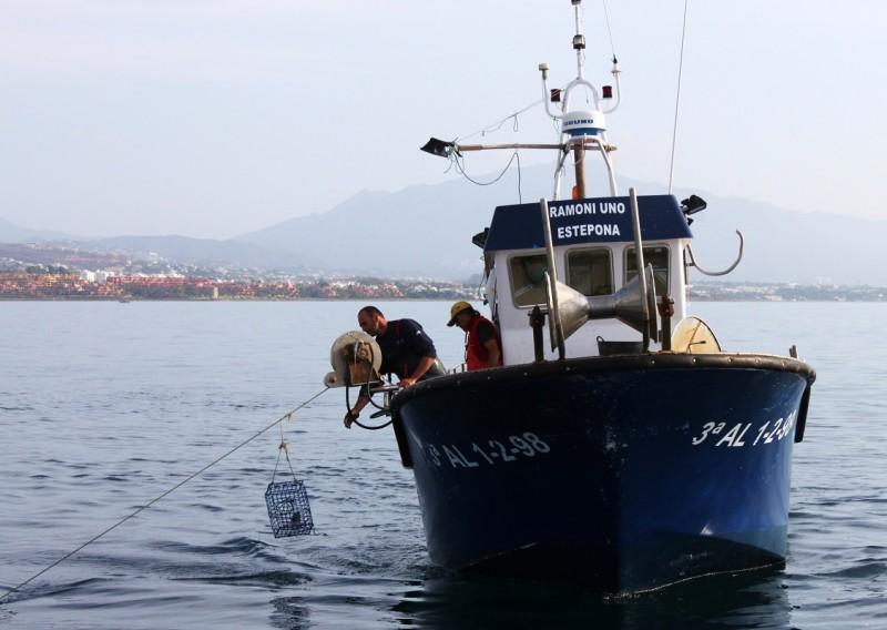 barco-artes-menores-tuismomarinero-costa-del-sol-maria-jesus